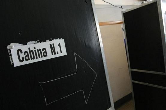 elezioni-2013-sondaggi-cabina-elettorale