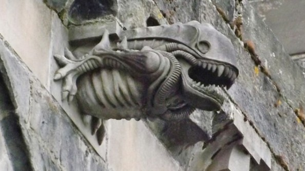alien-church-gargoyle